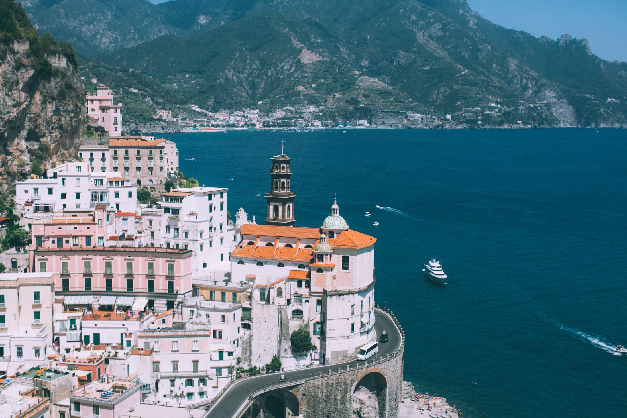 landscape from the amalfi coast