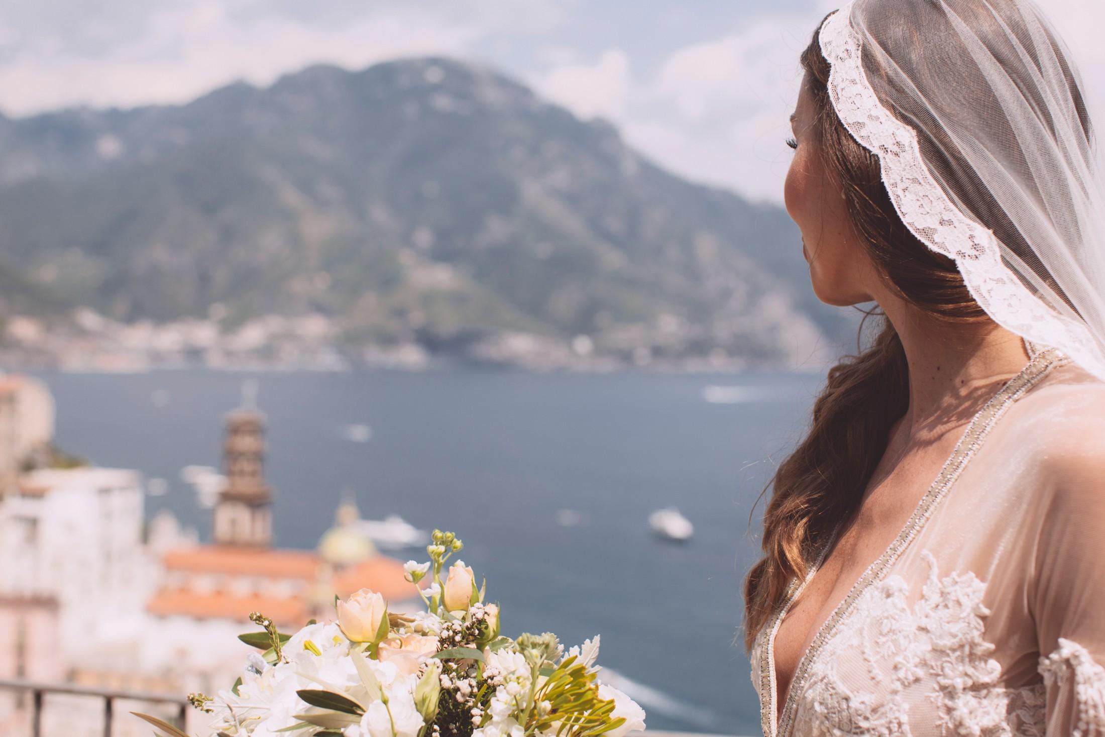 bride's portrait with atrani on the background