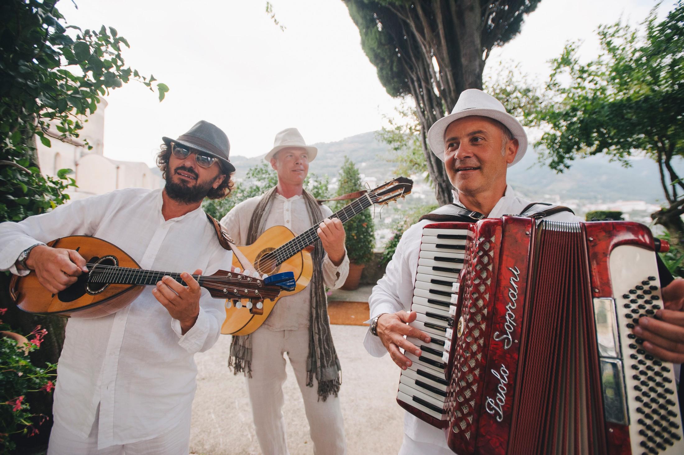 traditional Italian wedding music band