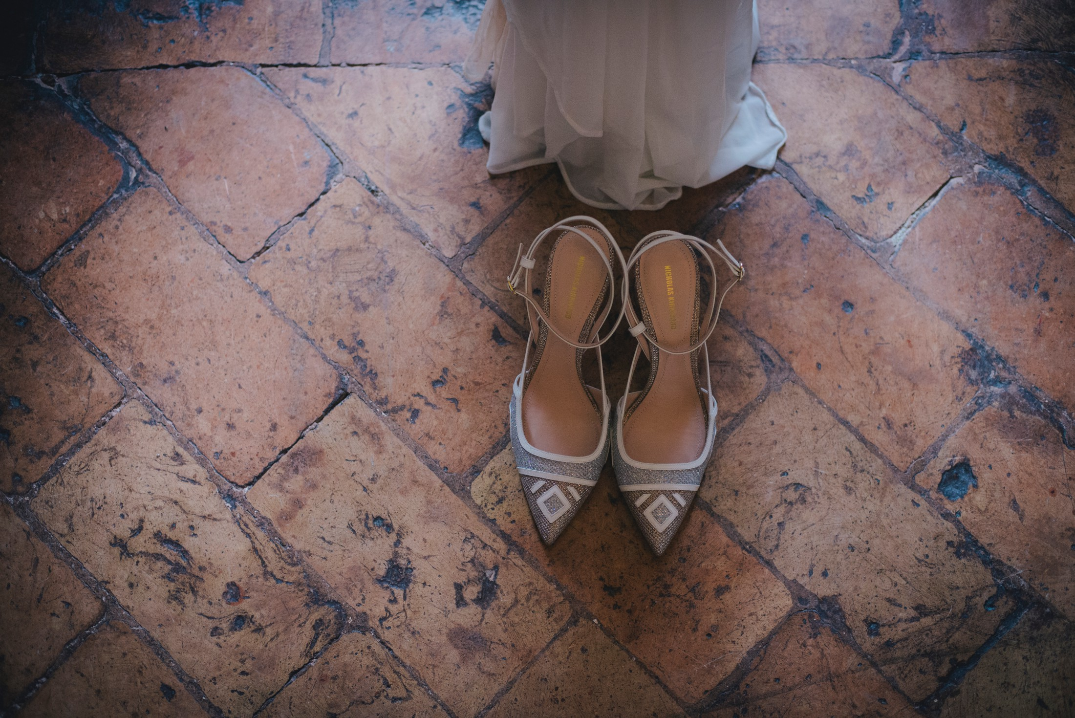 bride's wedding shoes bracciano