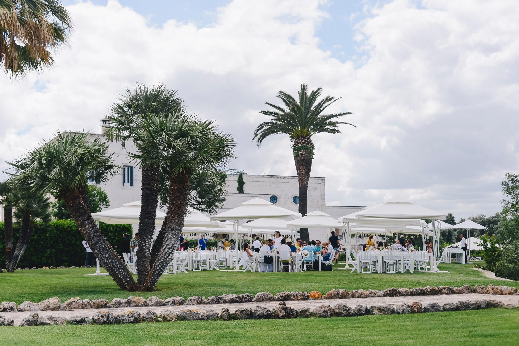 wedding canapè setting at masseria san domenico
