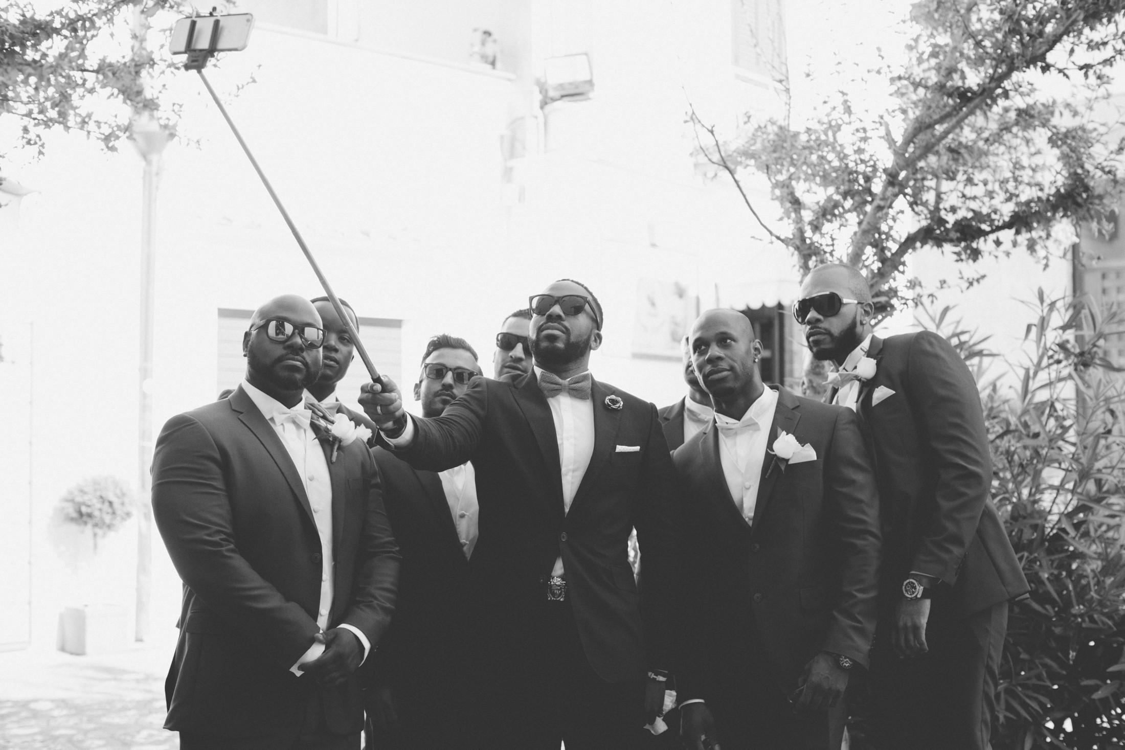 the groom's best men doing a selfie