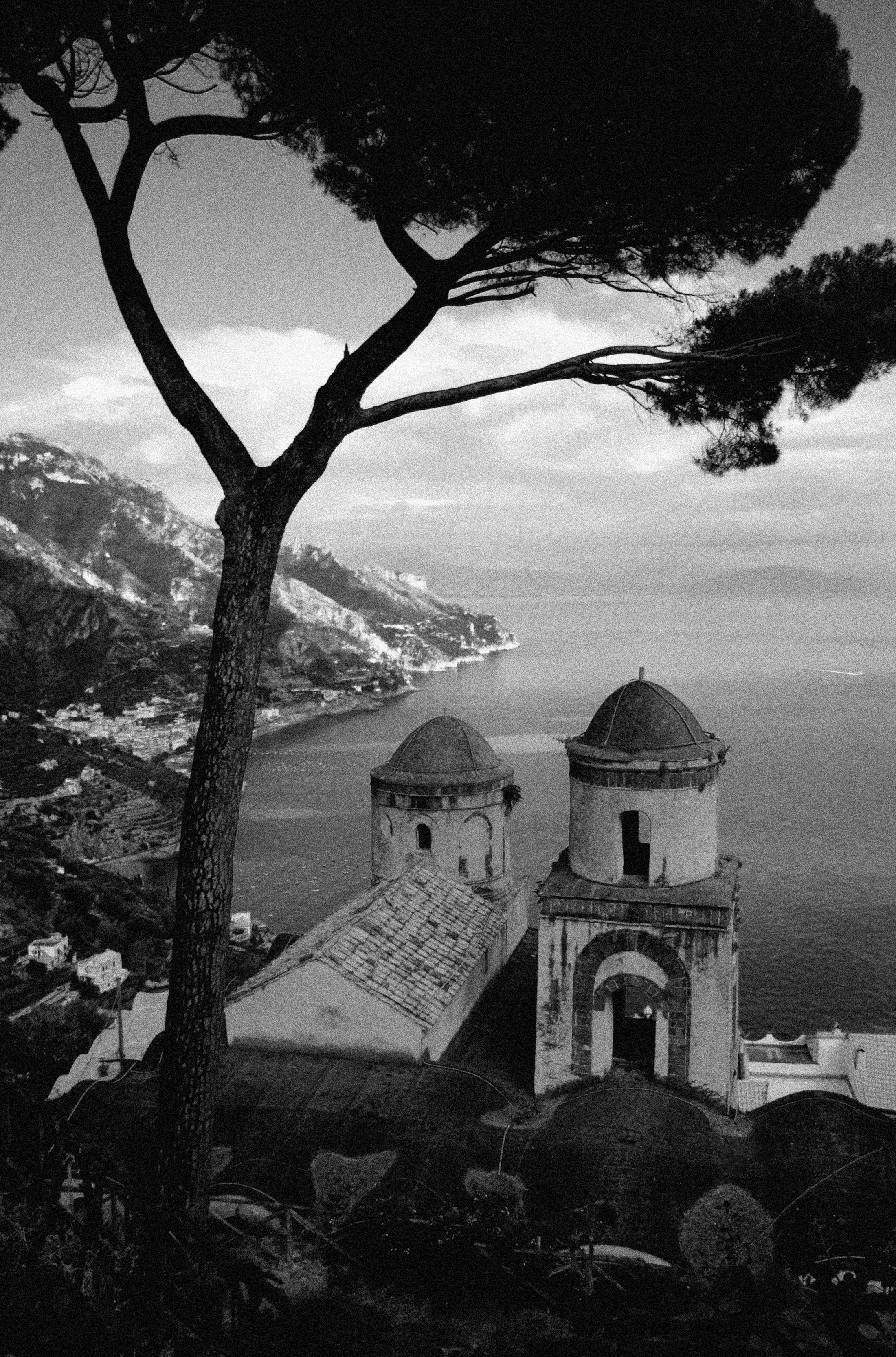 black and white ver from villa ruffle in ravello
