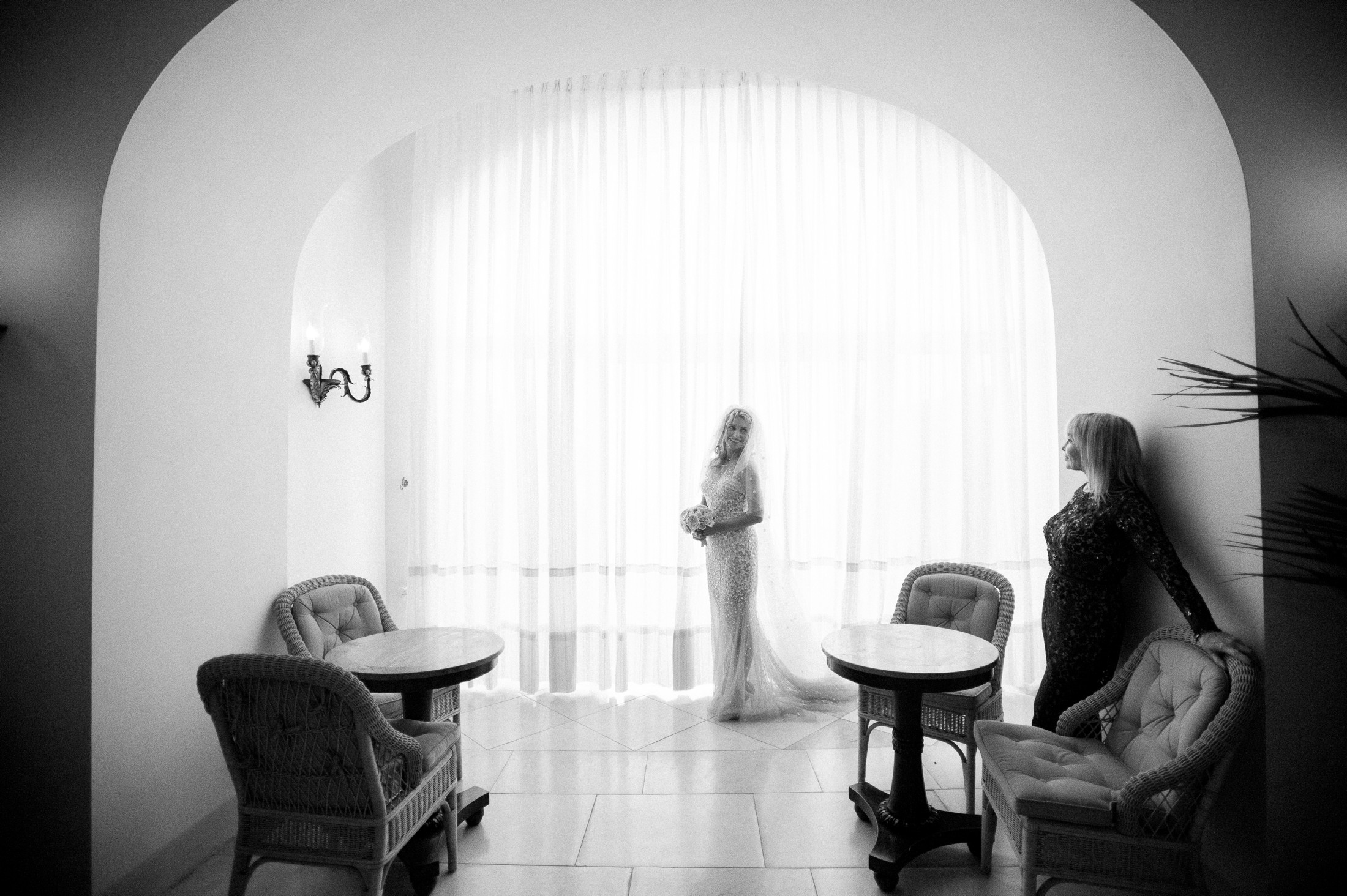 bride's portrait with her mother in black and white