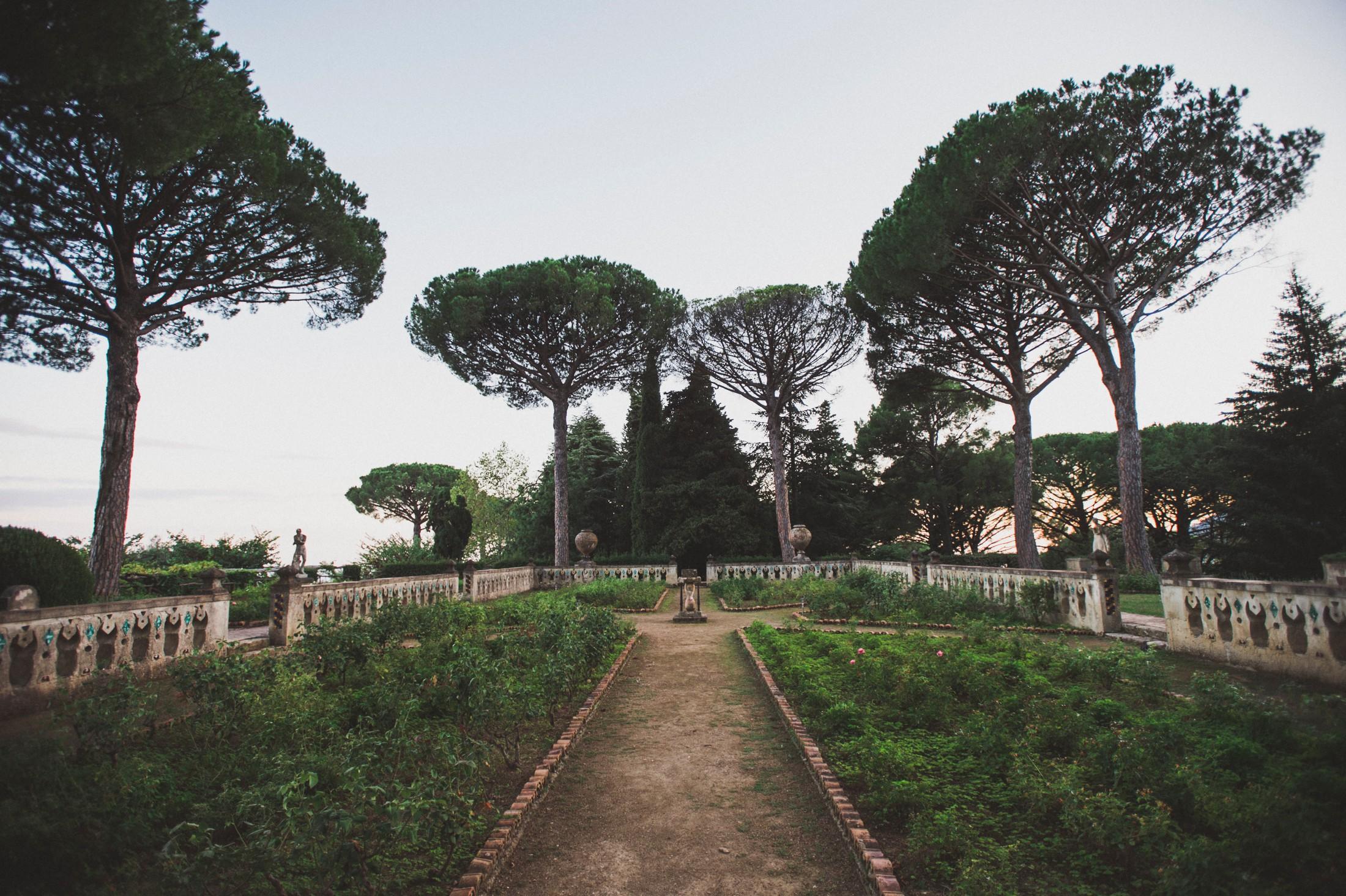 a garden in villa cimbrone ravello