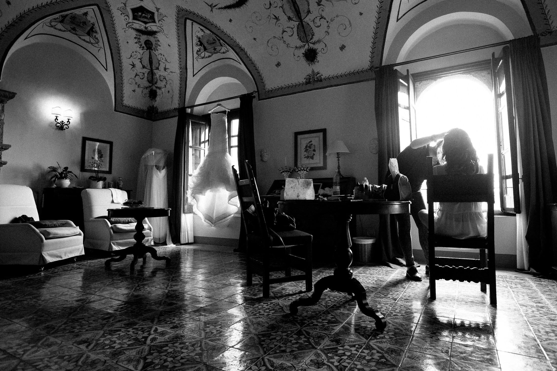 the bride in her hotel room at villa cimbrone during the make up