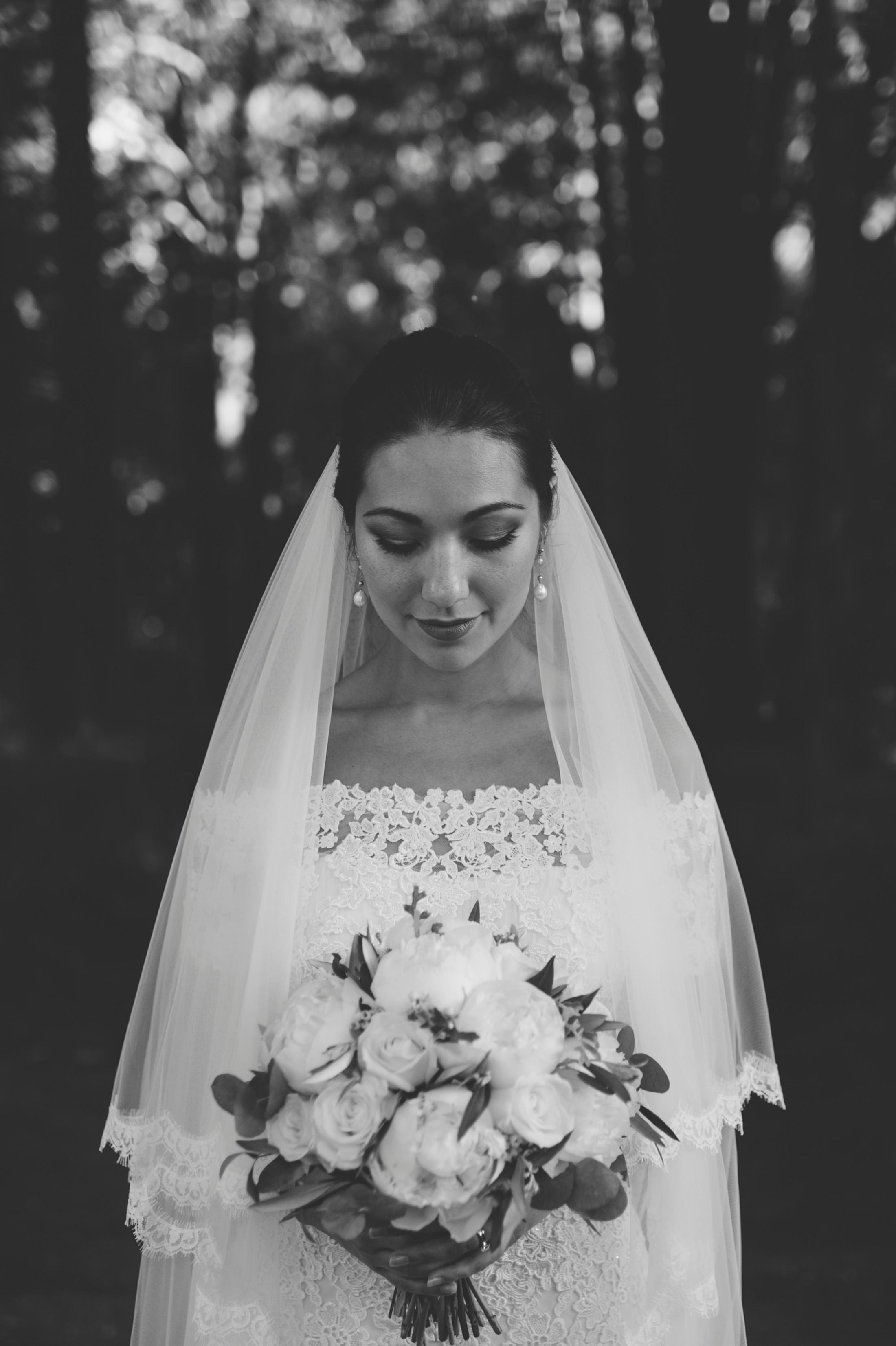 bride's portrait in black and white