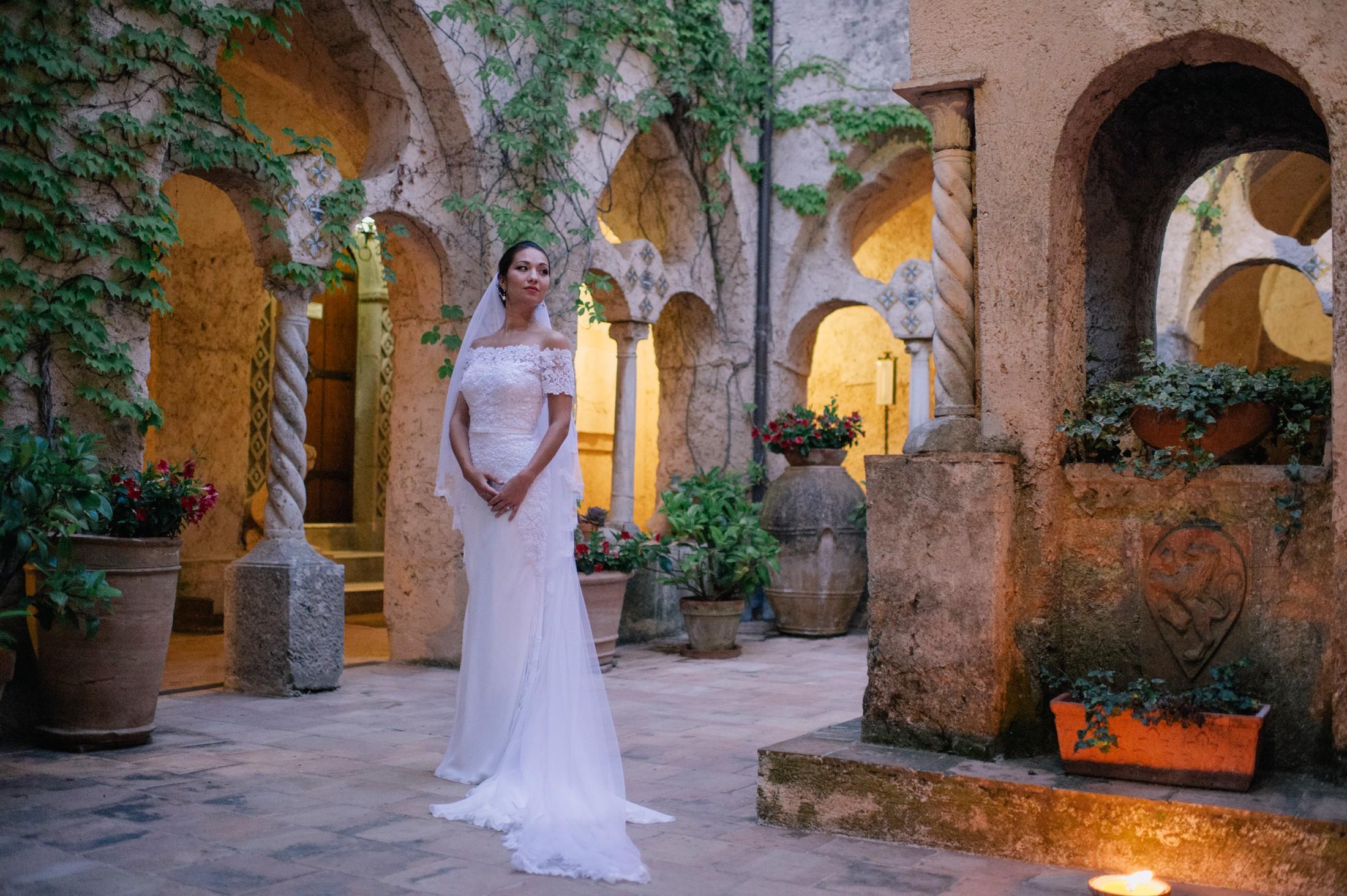 bride's portrait in villa cimbrone