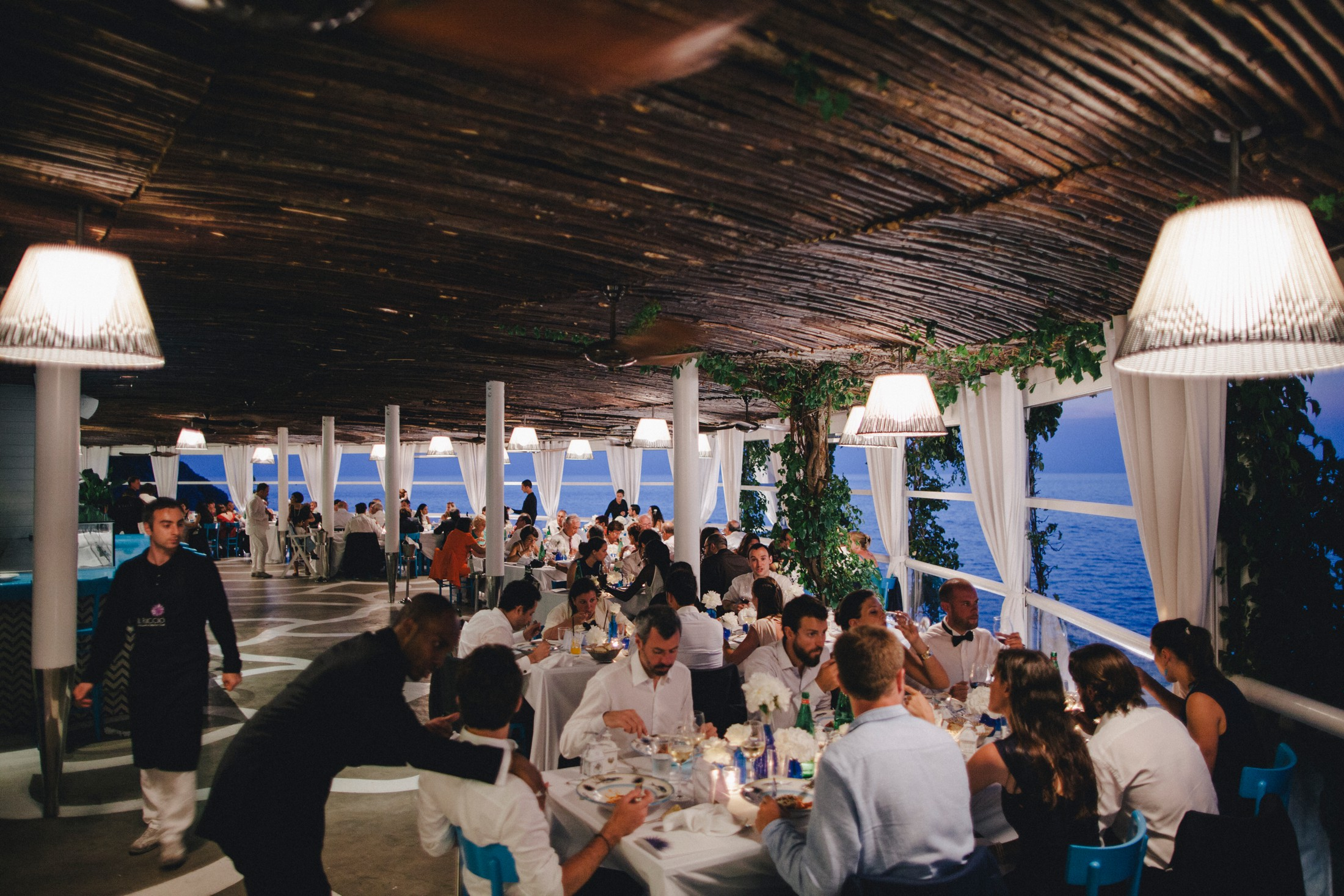 wedding dinner at il riccio restaurant in capri
