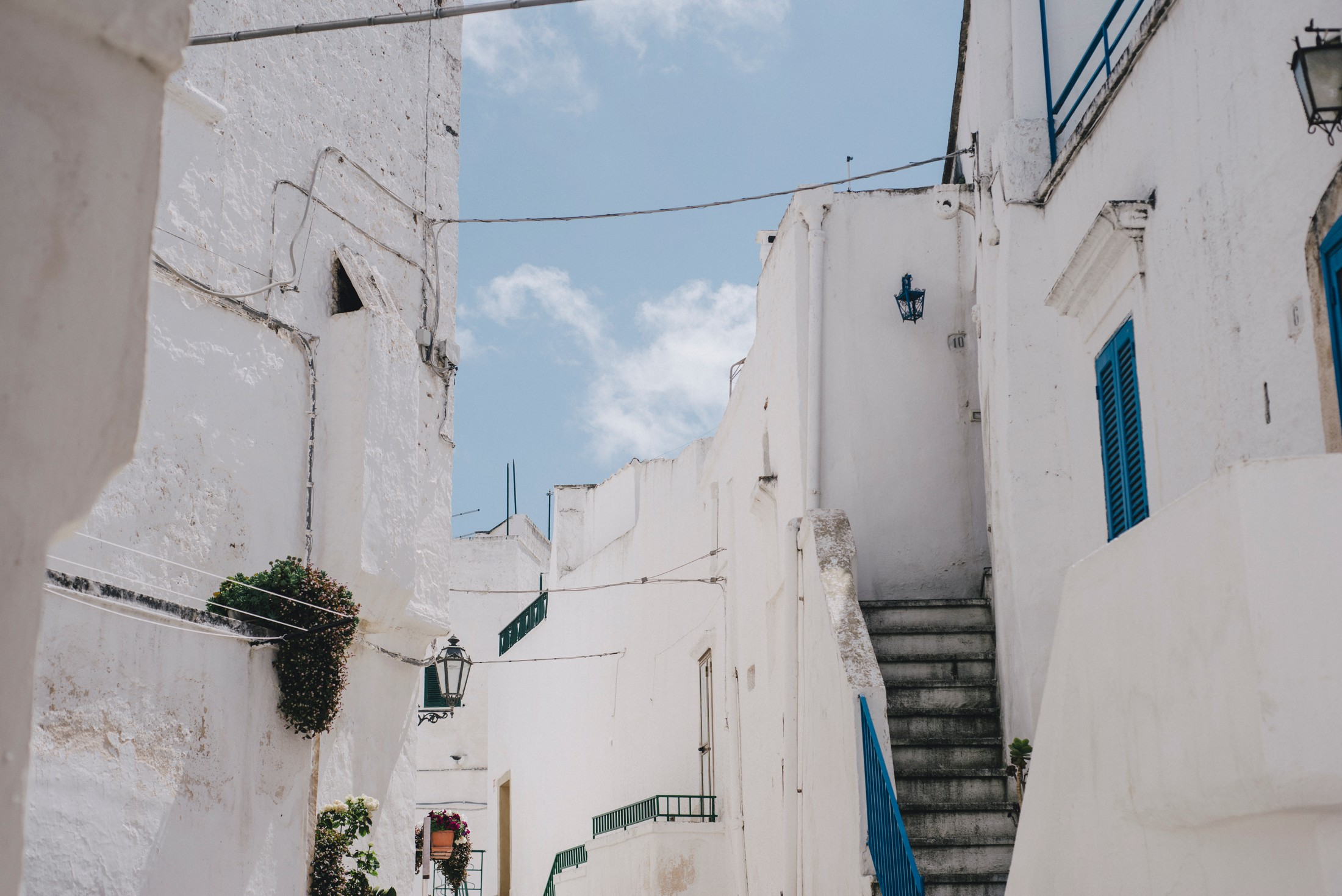 white houses in ostuni