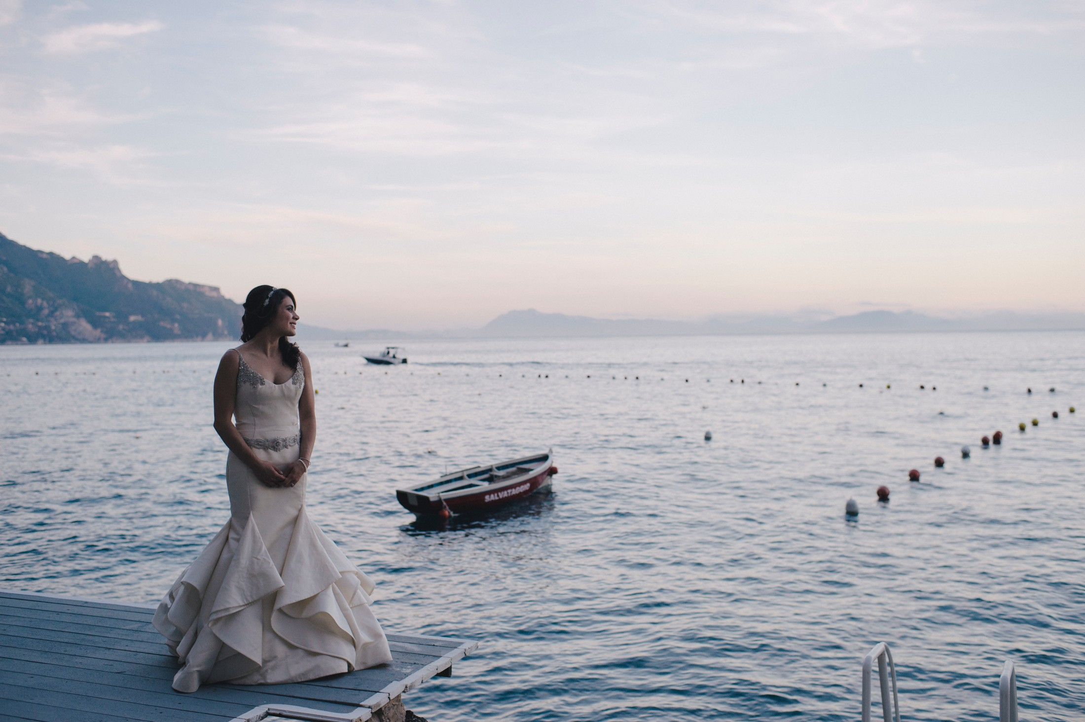 bride's portrait by the sea
