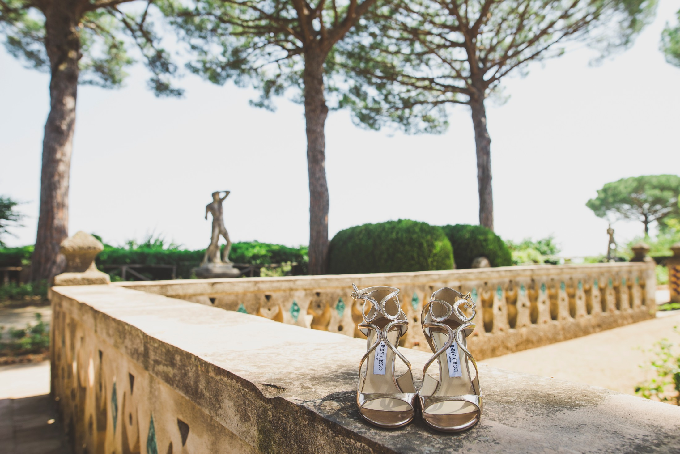 bride's wedding shoes at villa cimbrone
